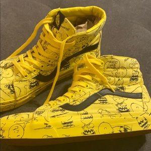 🔥VANS x Peanuts®Sk8-Hi Sneaker RARE Charlie Brown